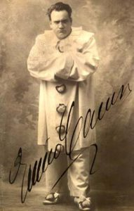 Enrico Caruso in his most famous role as Canio/Pagliaccio.